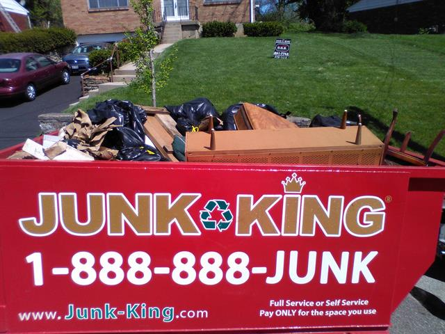 dumpster-rental-is-easier-now-for-spring-clean-up