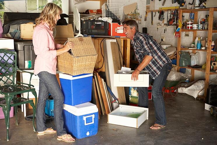 spring-cleaning-in-summer-with-junk-hauling