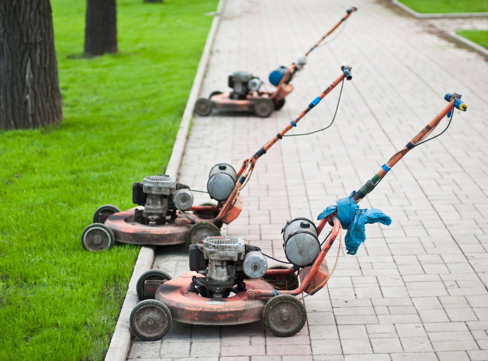 what-you-should-know-about-recycling-old-landscaping-equipment