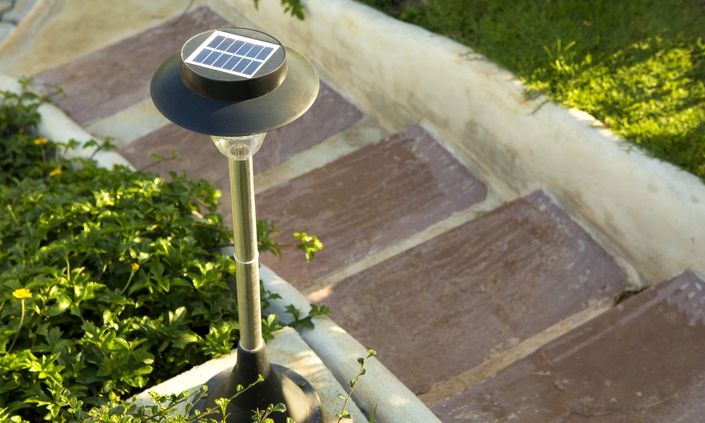 5-great-solar-powered-gadgets-for-your-home