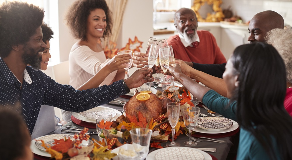 thanksgiving-turkey-and-time-with-family-and-friends