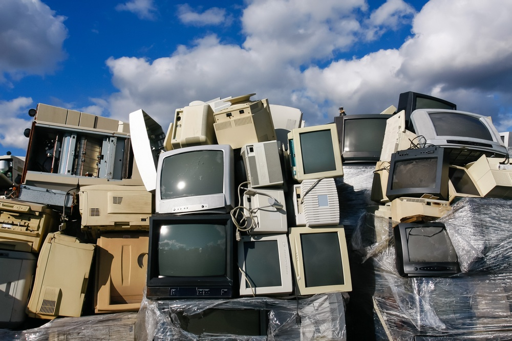 Junk Hauling And E-Waste: A Smart Combination