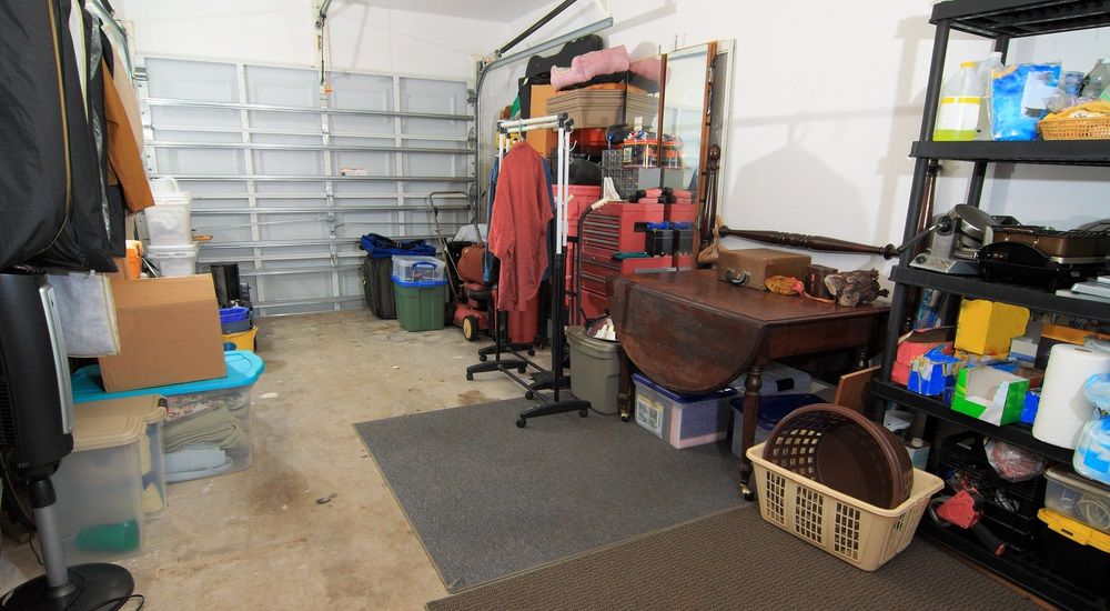 junk-removal-means-less-clutter