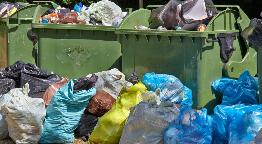why-some-trash-hauling-should-be-outsourced