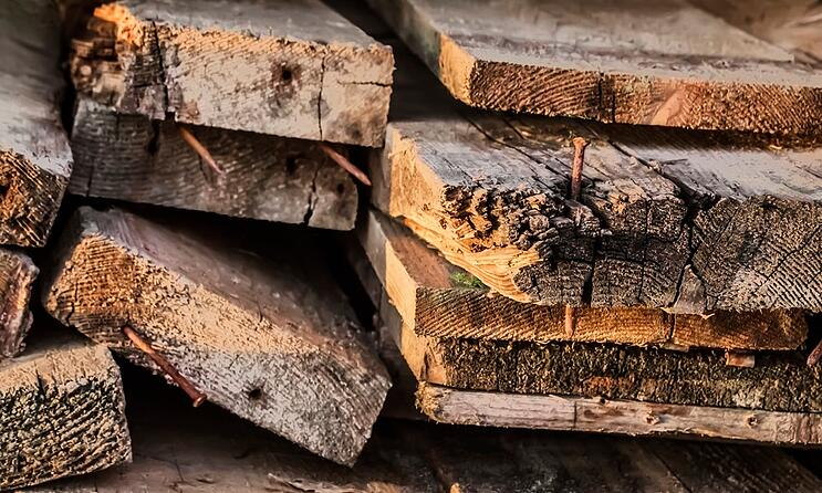 one-construction-debris-disposal-option-recycled-wood-products