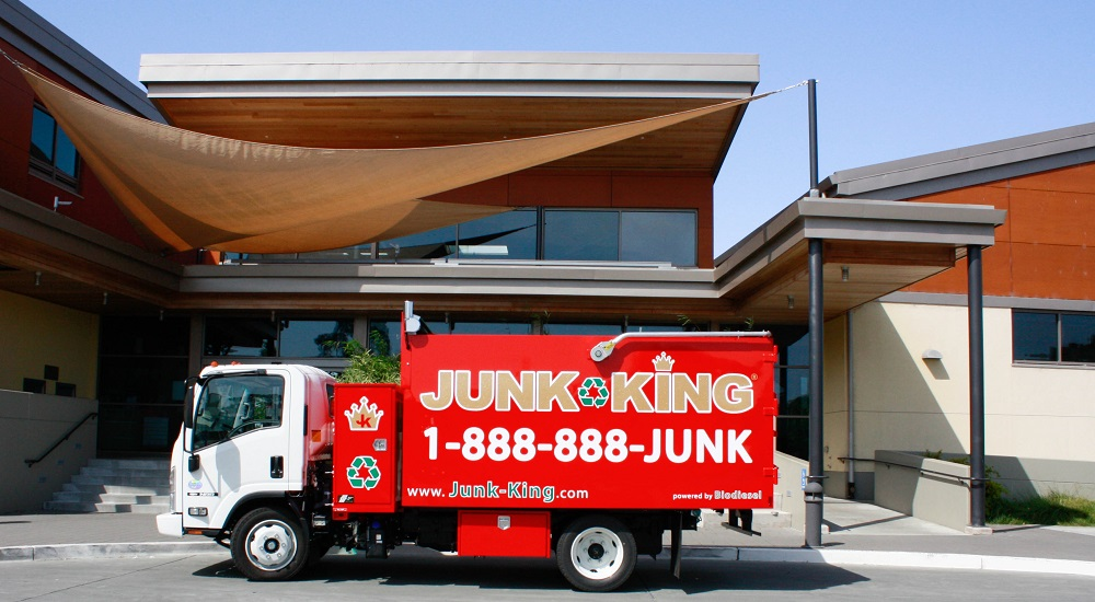 is-commercial-junk-removal-a-thing