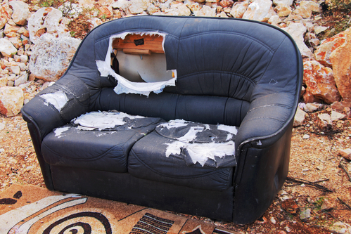 Where-Can-I-Throw-Away-a-Couch-Junk-King-CA