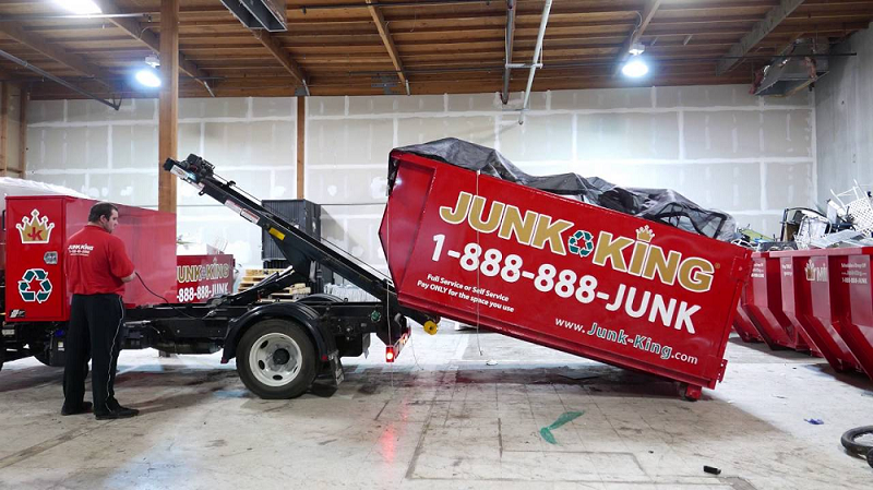 a-construction-dumpster-rental-for-debris-removal