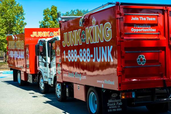 contractors-realtors-and-businesses-everyone-needs-junk-hauling