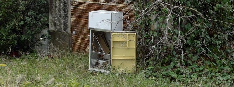 abandoned-refrigerator