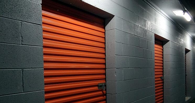 its-a-new-year-and-your-self-storage-unit-needs-to-be-cleaned-out