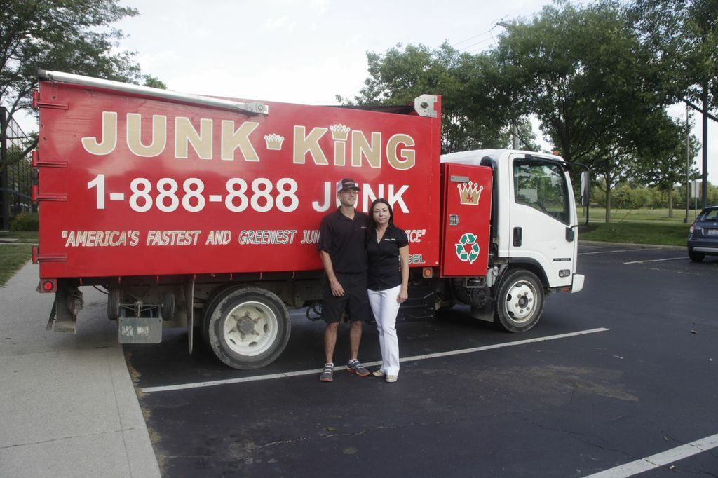 A King-Sized Milestone: Junk King's First Franchise Partners Celebrate 10 Years, Renew for Second Term