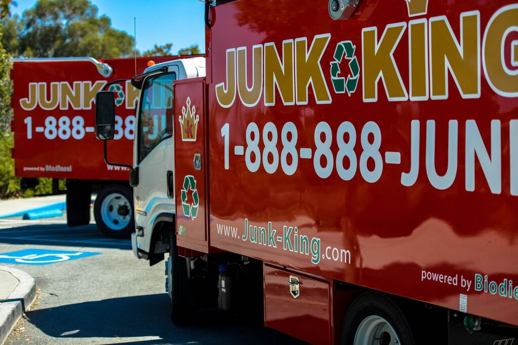 Why Now Is the Time to Consider Investing in a Junk Removal Franchise